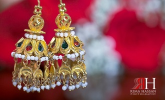 Henna_Mirdif_Wedding_Female_Photographer_Dubai_UAE_Rima_Hassan_bride_jewelry_gold_earrings