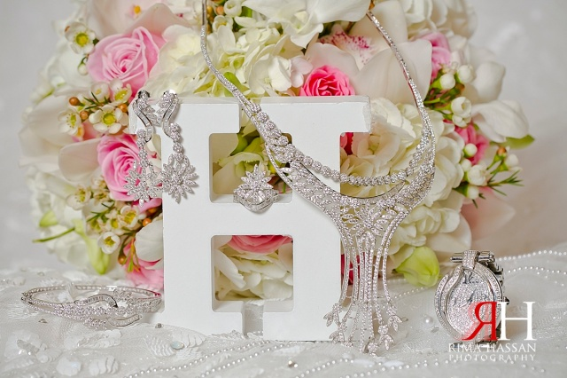 Crowne_Plaza_Wedding_Female_Photographer_Dubai_UAE_Rima_Hassan_bridal_jewelry_diamonds
