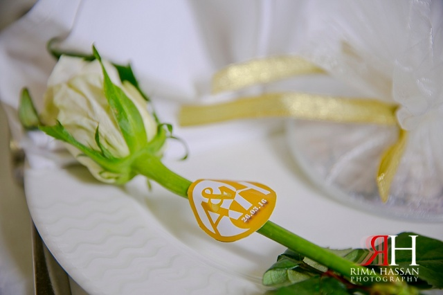 Crowne_Plaza_Wedding_Female_Photographer_Dubai_UAE_Rima_Hassan_kosha_stage_decoration_flowers