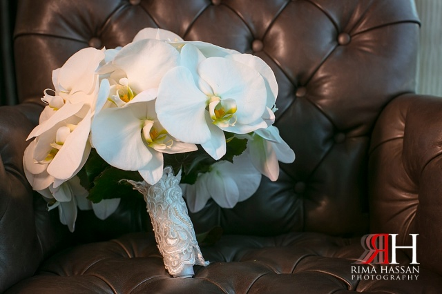 Saint_Regis_Abu-Dhabi_Wedding_Female_Photographer_Dubai_UAE_Rima_Hassan_bridal_bouquet