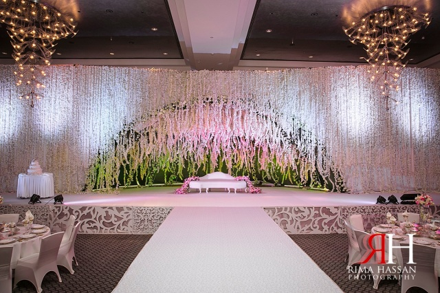 Aloft_Abu-Dhabi_Wedding_Female_Photographer_Dubai_UAE_Rima_Hassan_kosha_stage_decoration_details