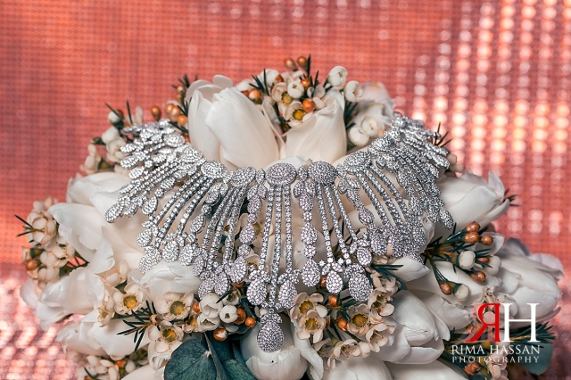 Wedding_Female_Photographer_Dubai_UAE_Rima_Hassan_bridal_jewelry_necklace