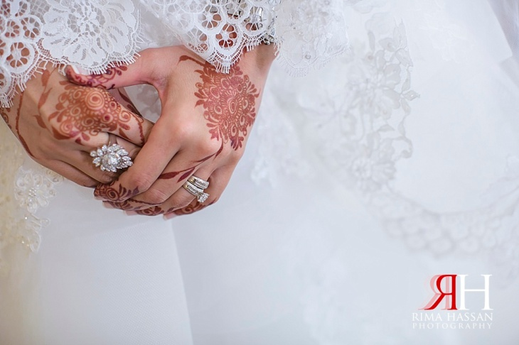 Grand_Hyatt_Wedding_Female_Photographer_Dubai_UAE_Rima_Hassan_bridal_henna_hands