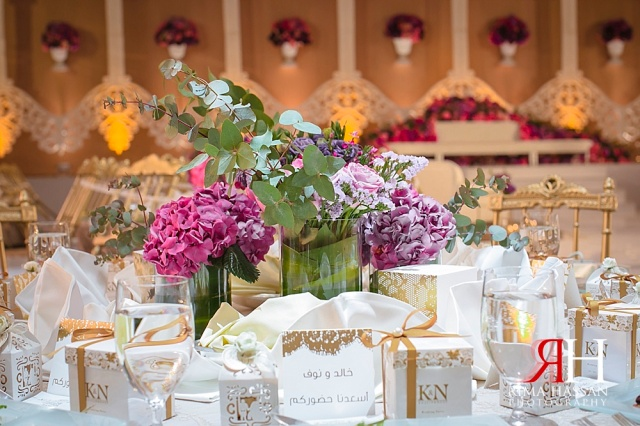Grand_Hyatt_Wedding_Female_Photographer_Dubai_UAE_Rima_Hassan_kosha_stage_decoration_centerpieces