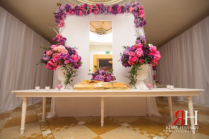 Grand_Hyatt_Wedding_Female_Photographer_Dubai_UAE_Rima_Hassan_kosha_stage_decoration_entrance