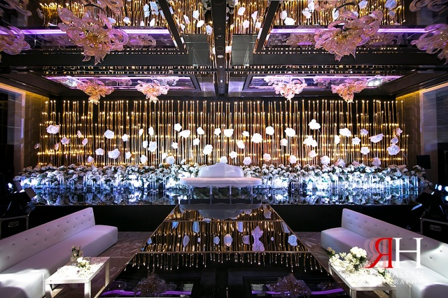 Hyatt_Regency_Creek_Wedding_Female_Photographer_Dubai_UAE_Rima_Hassan_kosha_decoration_stage