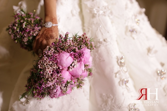 JW_Marriott_Wedding_Female_Photographer_Dubai_UAE_Rima_Hassan_bridal_bouquet