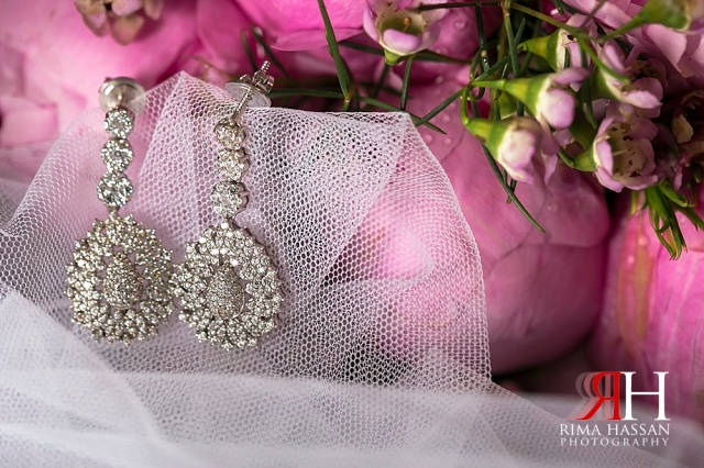 JW_Marriott_Wedding_Female_Photographer_Dubai_UAE_Rima_Hassan_bridal_jewelry_earrings