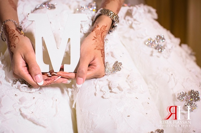 JW_Marriott_Wedding_Female_Photographer_Dubai_UAE_Rima_Hassan_bridal_prop