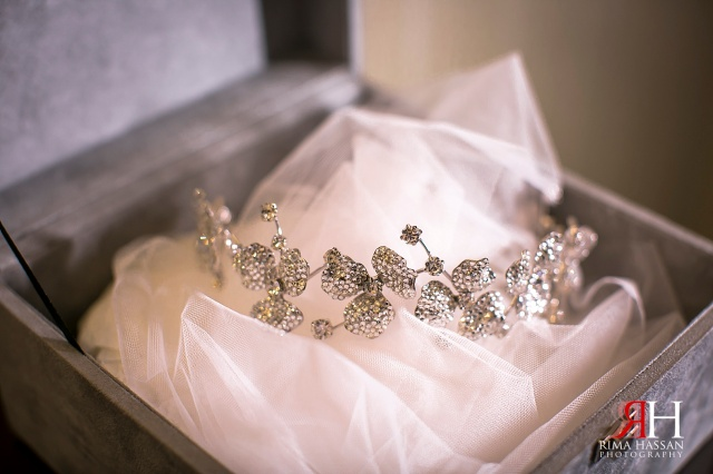 JW_Marriott_Wedding_Female_Photographer_Dubai_UAE_Rima_Hassan_bridal_tiara_crown