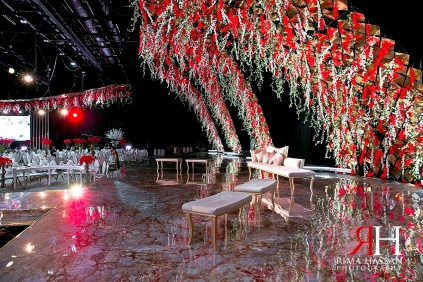 Trade_Center_Royal_Wedding_Female_Photographer_Dubai_UAE_Rima_Hassan_kosha_decoration_stage_forever_events