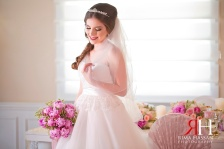 Wedding_Female_Photographer_Dubai_UAE_Rima_Hassan_bride_6