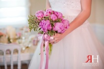 Wedding_Female_Photographer_Dubai_UAE_Rima_Hassan_bride_wedding_bouquet