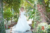 Wedding_Female_Photographer_Dubai_UAE_Rima_Hassan_fun_bride