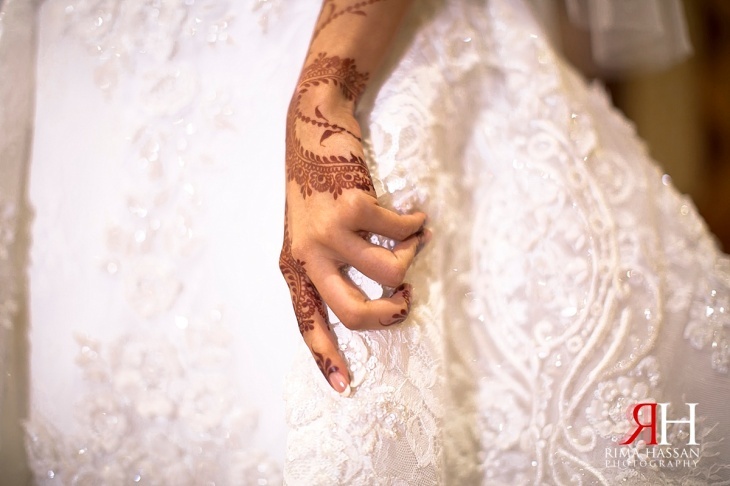 Dubai_Trade_Center_Wedding_Female_Photographer_UAE_Rima_Hassan_bridal_henna