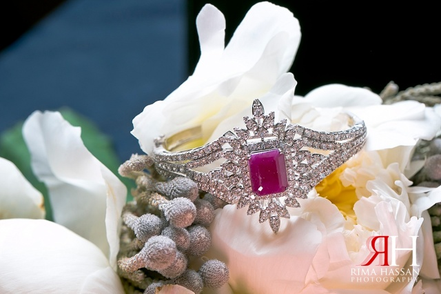 Madinat_Jumeirah_Wedding_Female_Photographer_Dubai_UAE_Rima_Hassan_bridal_jewelry_bracelet