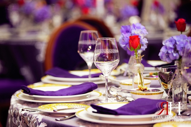 Palazzo_Versace_Wedding_Female_Photographer_Dubai_UAE_Rima_Hassan_kosha_decoration_stage_tableware