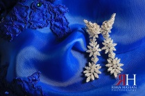 Hilton_RAK_Engagement_Female_Photographer_Dubai_UAE_Rima_Hassan_bridal_jewelry_earrings