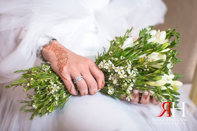 Zabeel_Ladies_Club_Wedding_Female_Photographer_Dubai_UAE_Rima_Hassan_bride_bouquet
