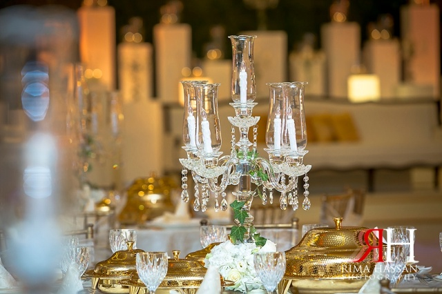 Zabeel_Ladies_Club_Wedding_Female_Photographer_Dubai_UAE_Rima_Hassan_stage_decoration_kosha_centerpiece