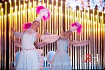 Zabeel_Trade_Center_Wedding_Female_Photographer_Dubai_UAE_Rima_Hassan_kosha_decoration_stage_dancer_entertainment