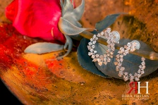 al-jawaher_sharjah_wedding_female_photographer_dubai_uae_rima_hassan_bridal_jewelry_earrings