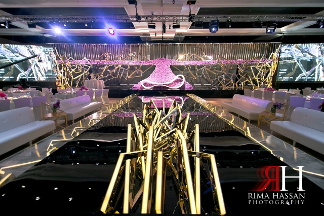 al_jawaher_sharjah_wedding_dubai_female_photographer_rima_hassan_kosha_stage_dream_decoration