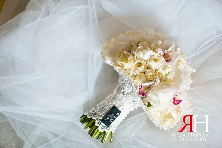 Trade_Center_Wedding_Female_Photographer_Dubai_UAE_Rima_Hassan_bride_bouquet_fiore