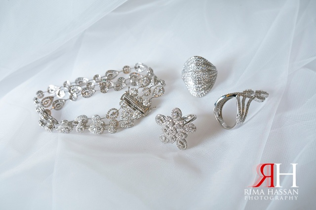 Trade_Center_Wedding_Female_Photographer_Dubai_UAE_Rima_Hassan_bride_jewelry_bracelet
