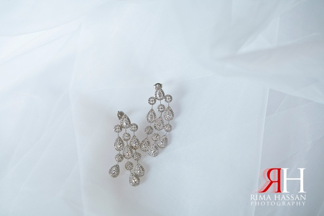 Trade_Center_Wedding_Female_Photographer_Dubai_UAE_Rima_Hassan_bride_jewelry_earrings