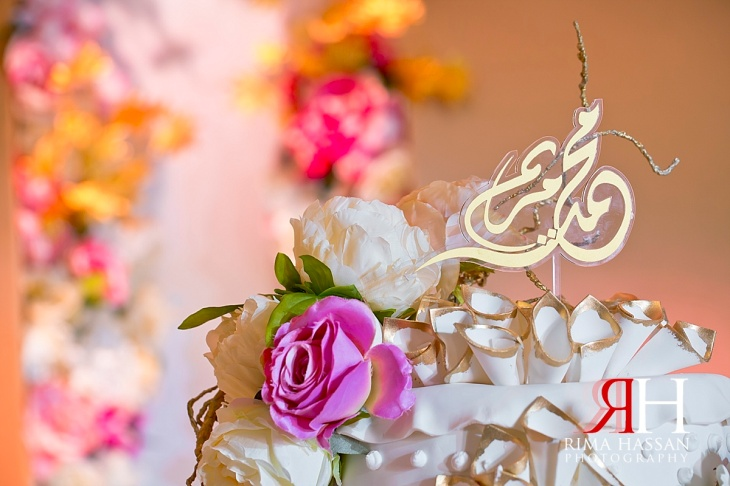 Trade_Center_Wedding_Female_Photographer_Dubai_UAE_Rima_Hassan_kosha_stage_decoration_cake_topper