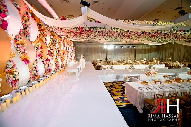 Trade_Center_Wedding_Female_Photographer_Dubai_UAE_Rima_Hassan_kosha_stage_decoration_omar_gold
