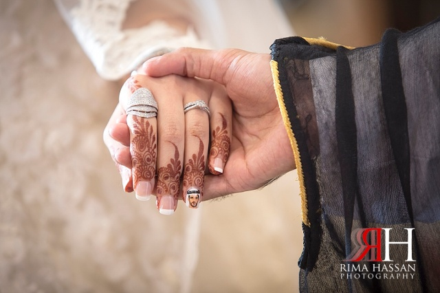 Trade_Center_Wedding_PFemale_hotographer_Dubai_UAE_Rima_Hassan_bride_photo_manicure