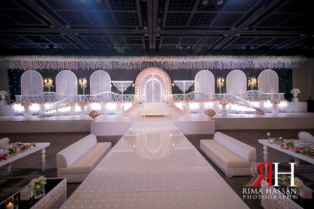 zabeel_trade_center_wedding_female_photographer_dubai_uae_rima_hassan_kosha_decoration_klassna_stage