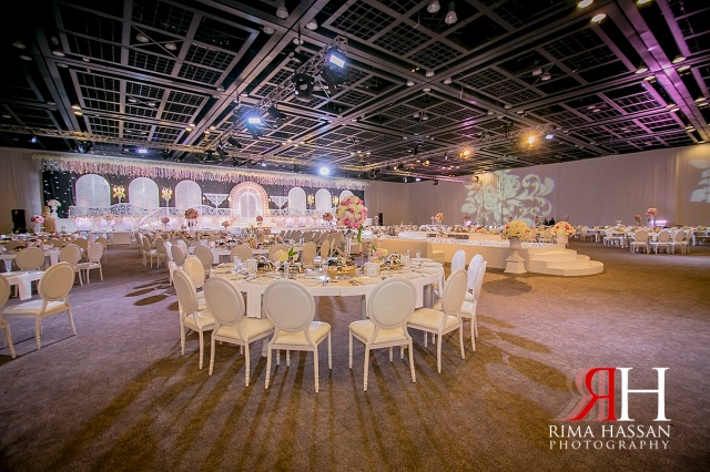 zabeel_trade_center_wedding_female_photographer_dubai_uae_rima_hassan_kosha_decoration_klassna_table_setup