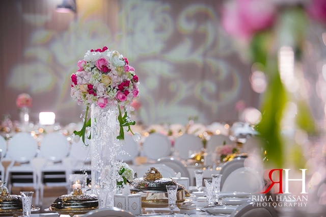 zabeel_trade_center_wedding_female_photographer_dubai_uae_rima_hassan_kosha_decorationstage_centerpiece