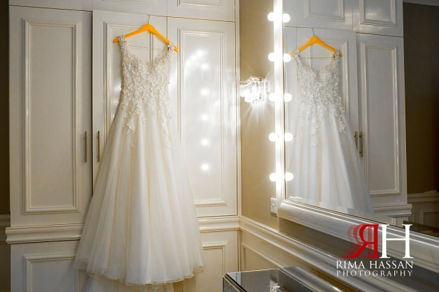 hyatt_regency_wedding_dubai_female_photographer_rima_hassan_bridal_dress_solida