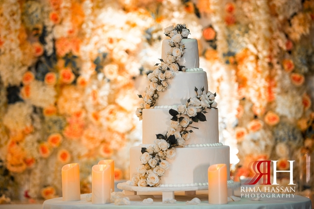 hyatt_regency_wedding_dubai_female_photographer_rima_hassan_kosha_decoration_stage_cake