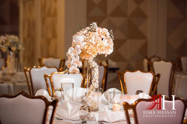 hyatt_regency_wedding_dubai_female_photographer_rima_hassan_kosha_decoration_stage_centerpiece