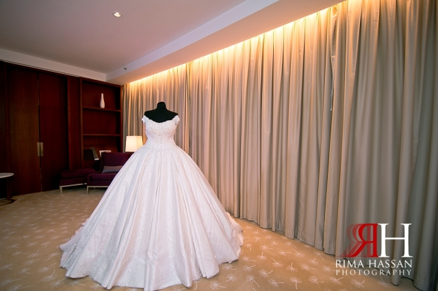 intercontinental_festival_wedding_dubai_female_photographer_rima_hassan_bridal_dress_hazar