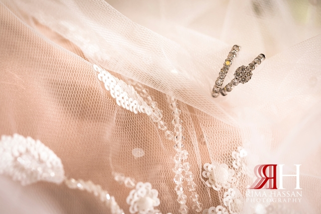 aloft_abu_dhabi_female_wedding_photographer_rima_hassan_bridal_jewelry_band_ring