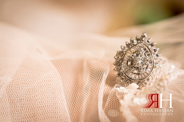 aloft_abu_dhabi_female_wedding_photographer_rima_hassan_bridal_jewelry_ring
