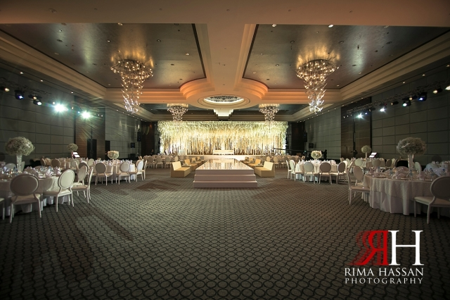 aloft_abu_dhabi_female_wedding_photographer_rima_hassan_kosha_decoration_stage