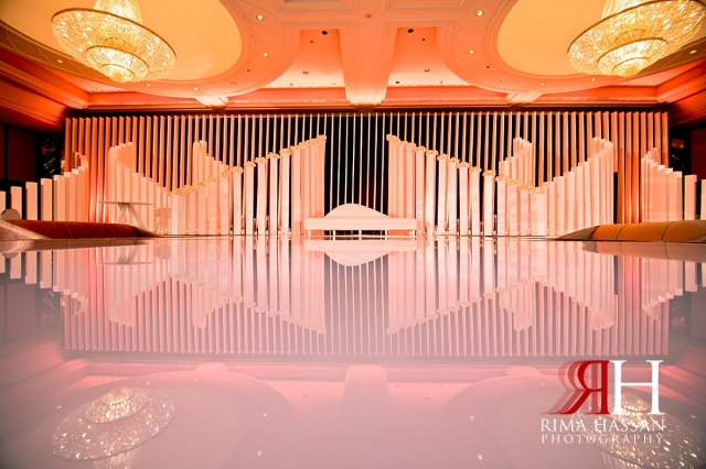bustan_rotana_dubai_female_wedding_photographer_rima_hassan_kosha_decoration_stage_forever