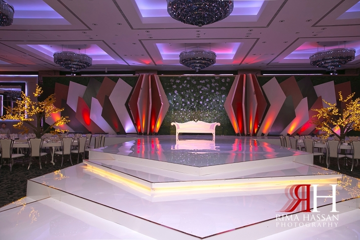 jw_marriott_marquis_dubai_female_photographer_rima_hassan_kosha_stage_decoration_dream