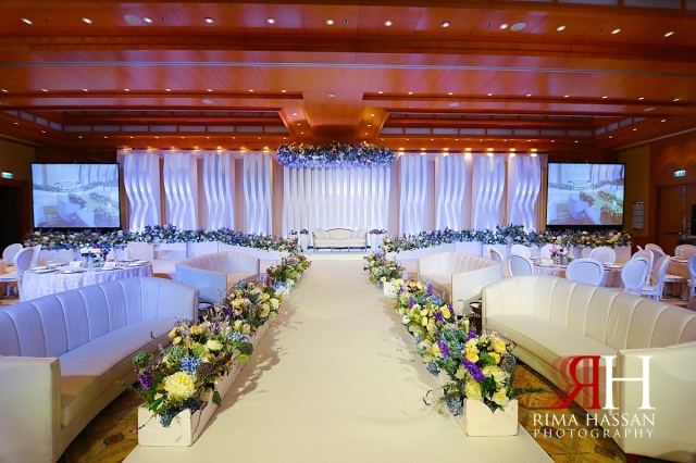 ritz_carlton_dubai_female_wedding_photographer_rima_hassan_kosha_stage_decoration_afkar