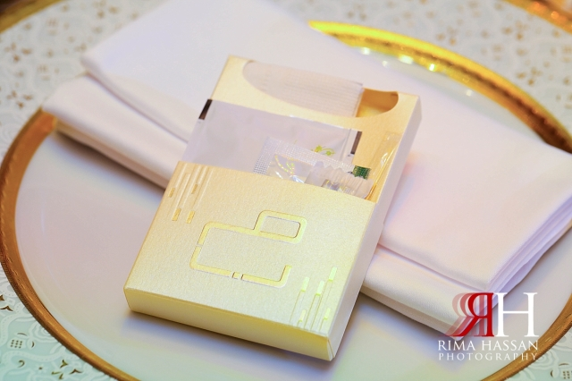 ritz_carlton_dubai_female_wedding_photographer_rima_hassan_kosha_stage_decoration_toiletries