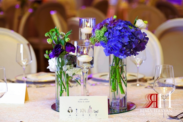 ritz_carlton_dubai_female_wedding_photographer_rima_hassan_stage_decoration_centerpiece_flowers