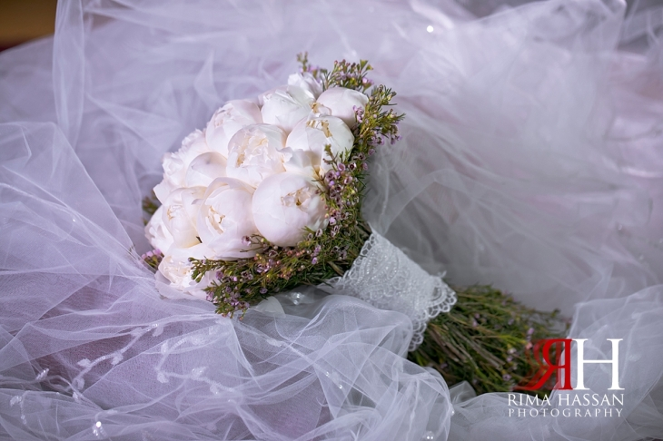 ajman_kimpinski_wedding_dubai_female_photographer_rima_hassan_bridal_bouquet