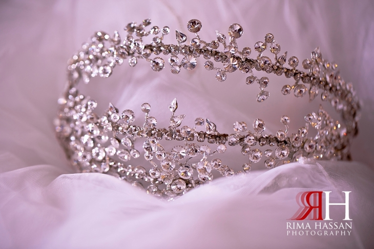 ajman_kimpinski_wedding_dubai_female_photographer_rima_hassan_bridal_crown